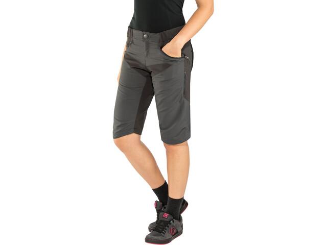 Endura SingleTrack Spodnie krótkie Kobiety, anthracite